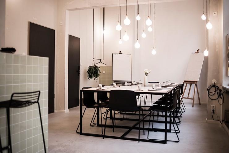 new meeting room the studio michelberger blog. Black Bedroom Furniture Sets. Home Design Ideas